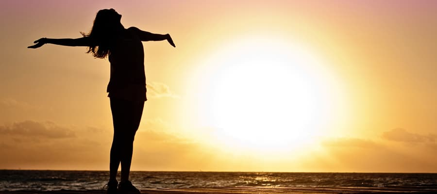 heart-intuition-woman-sunset